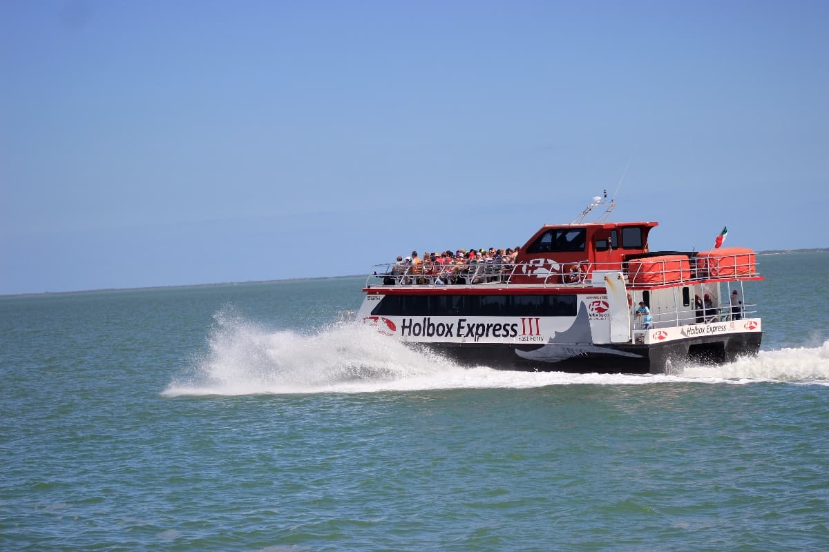 Chiquila - Holbox Ferry, Transport in Holbox